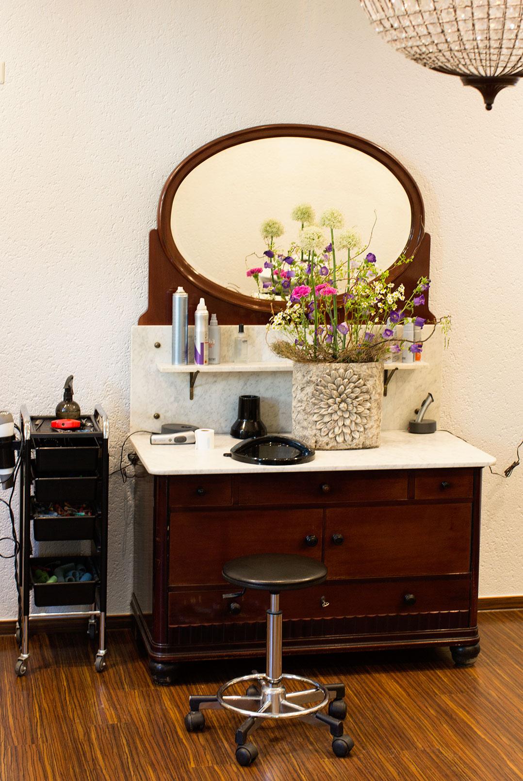 guter friseur k n bester friseur in berlin pankow wilhelmsruh u2013 freu tag de. Black Bedroom Furniture Sets. Home Design Ideas